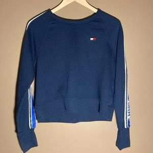 Tommy Hilfiger cropped navy sweater